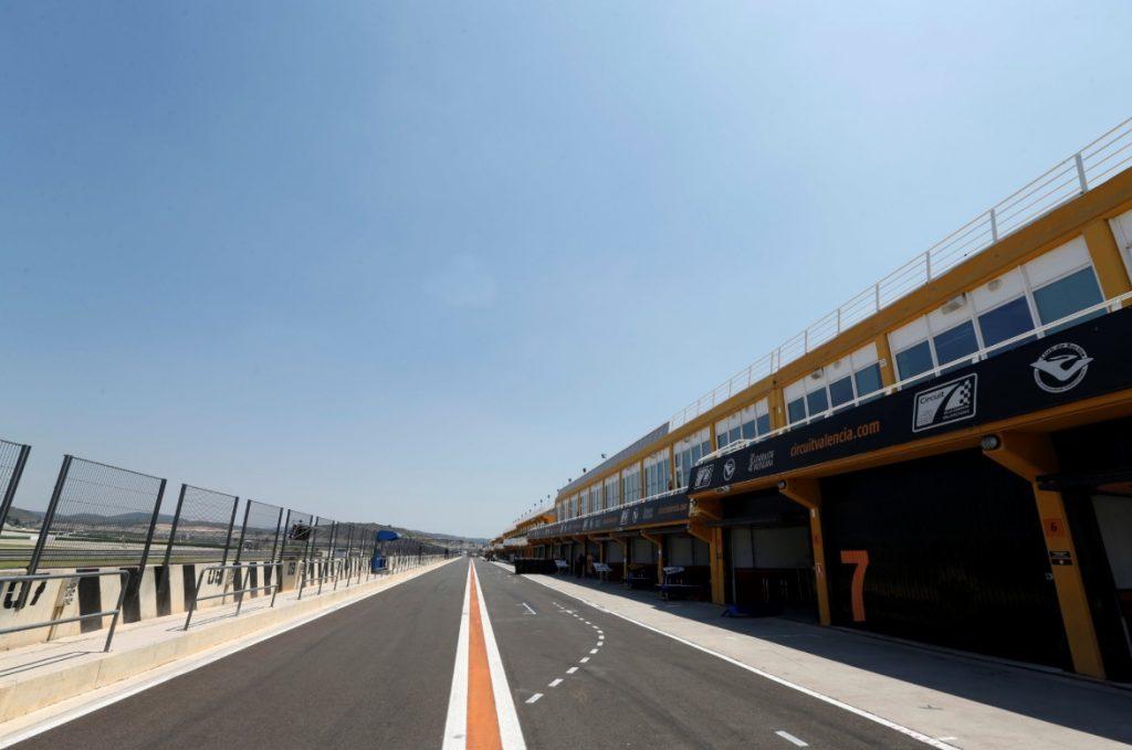 Шумахер заменит Смоляра во второй день тестов Ф3 в Валенсии, Пуршер займёт место Габсбурга в АРТ