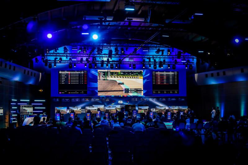 Латковски выиграл Виртуальный Кубок, Ануфриев 11-й в утешительном финале