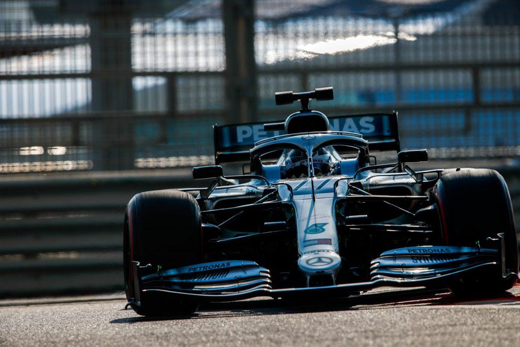 Боттас быстрейший после первого дня тестов в Абу-Даби, Квят 3-й