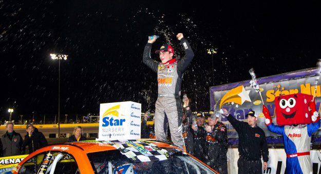 Сэм Майер победил в первой гонке Западного дивизиона АРКА