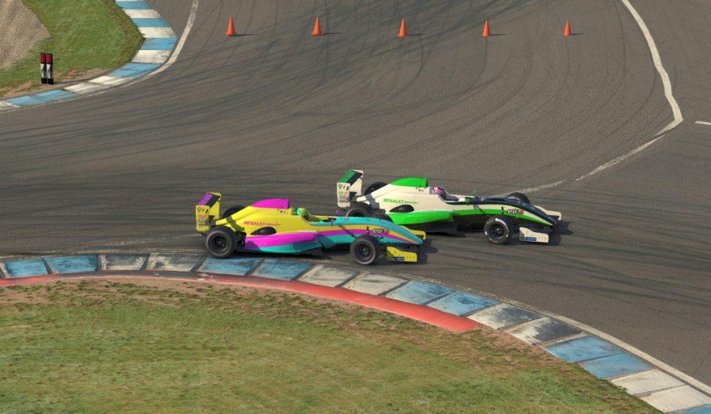 О'Салливан выиграл вторую гонку виртуальной Ф4, Несов вырвал шестое место