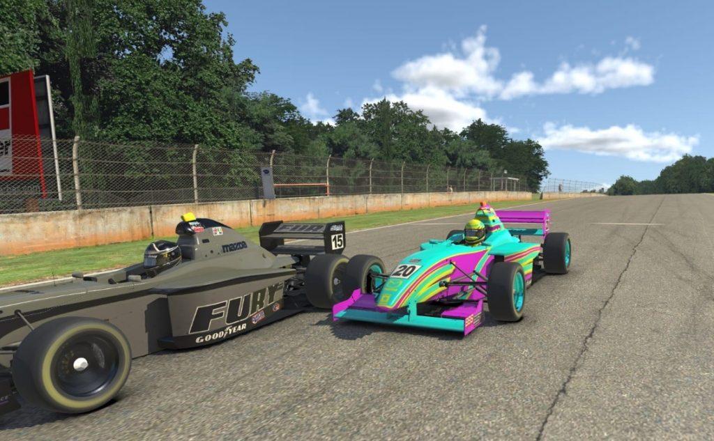 Дино Беганович выиграл первую гонку виртуальной Ф4, Несов девятый