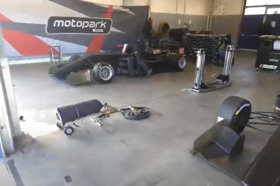 """Команда """"Мотопарк"""" провела частные тесты на автодроме в Ошерслебене"""