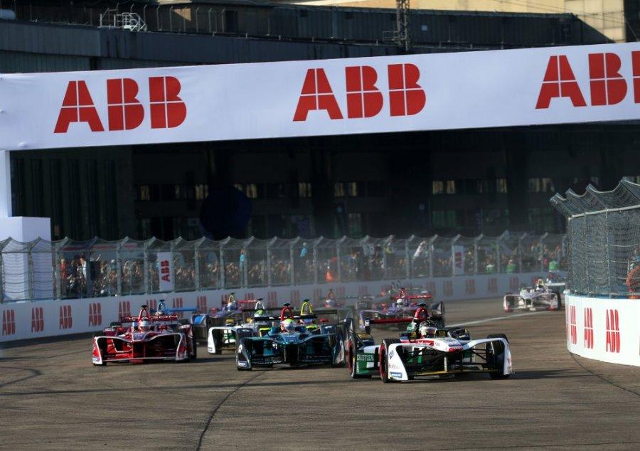 """""""Формула-Е"""" завершит сезон шестью гонками в Берлине за девять дней"""