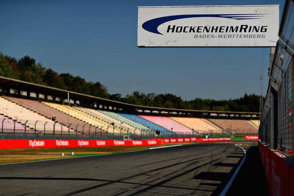 """В """"Формуле-1"""" вновь рассматривают вариант с проведением сдвоенного этапа в Германии. Гран-при России могут перенести на октябрь"""