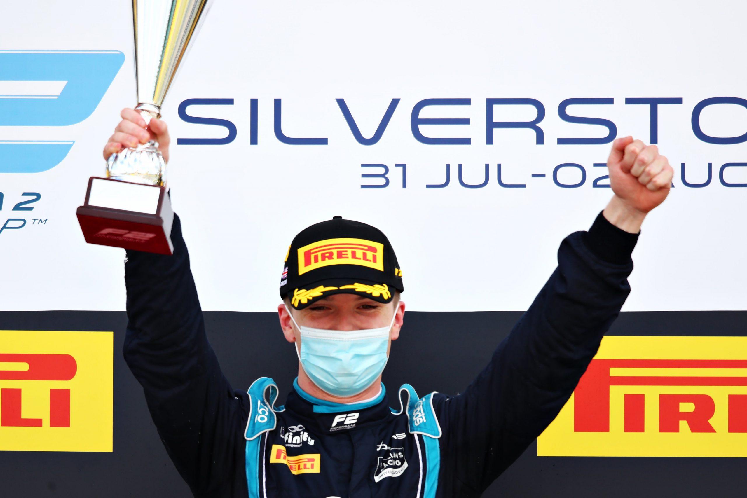 """Дэн Тиктум выиграл вторую гонку четвёртого этапа """"Формулы-2""""!"""