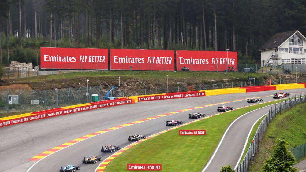 """Логан Сарджент выиграл вторую гонку седьмого этапа """"Формулы-3"""""""