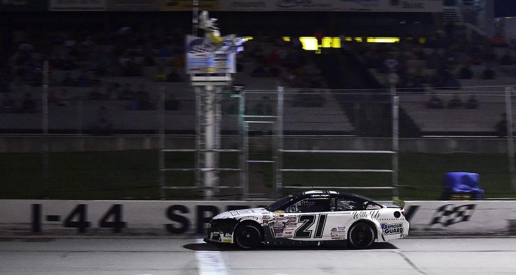 Сэм Майер победил в гонке серии АРКА