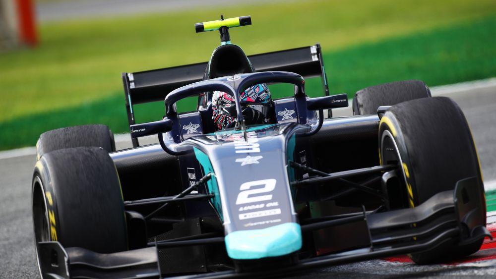 Тиктум выиграл вторую гонку Ф2 в Монце, но был дисквалифицирован, Шварцман опустился на третье место в чемпионате