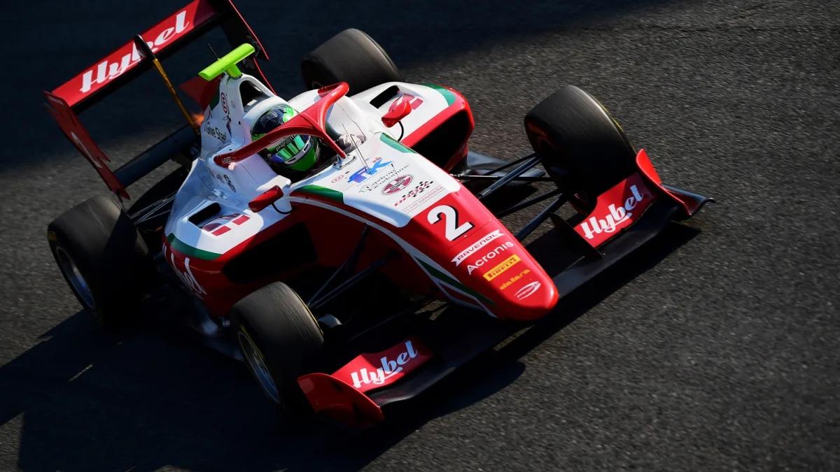 """Фредерик Вести одержал победу в первой гонке восьмого этапа """"Формулы-3""""!"""