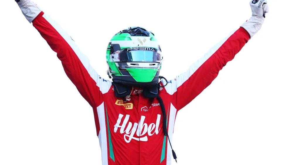 """Фредерик Вести выиграл первую гонку финального этапа """"Формулы-3""""!"""